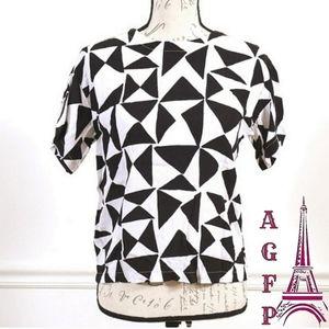 💖 2/$25 LOFT Geometric print blouse top